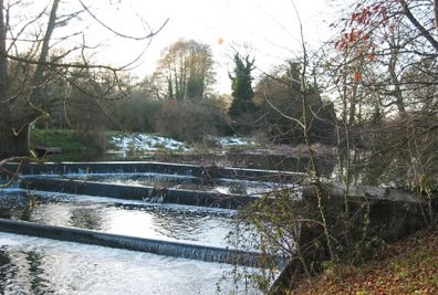 Horseshoe Weir at Wiston